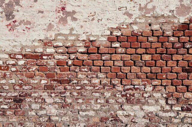 רטיבות בקיר חיצוני – הסיבה שזה קורה